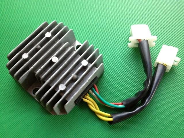 CB250N/CB400N レギュレター