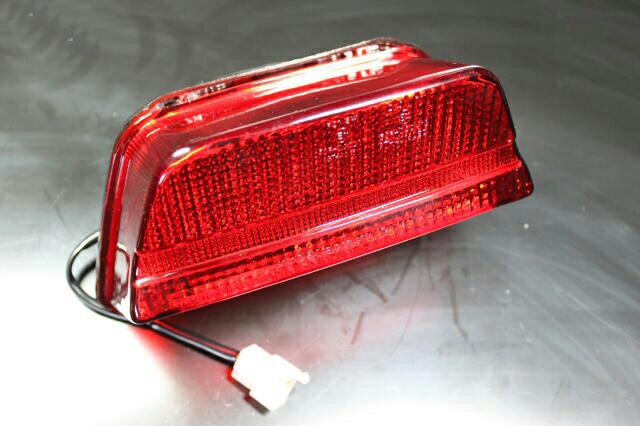 ZRX400/2 LEDテールランプ(レッド)