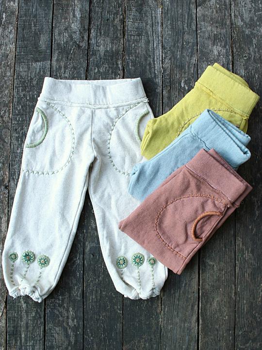 asana KIDS 手刺繍入りふかふかパンツ・裾絞り (5色)