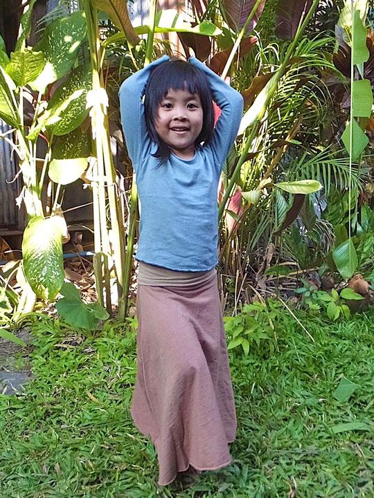 asana KIDS ガールズ フレアースカート