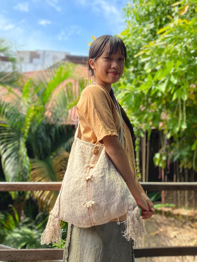 HMEP100% 手織り ショルダーバッグ・かぎ編みシェル付き (1点もの)