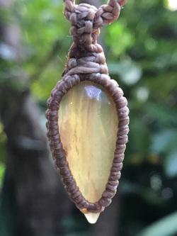 Kula Kula 天然石ネックレス・フローライト