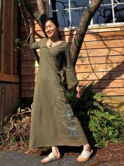 asana カシュクール風 ロングワンピ・草木染め 手刺繍入り