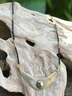 手彫り ネックレス