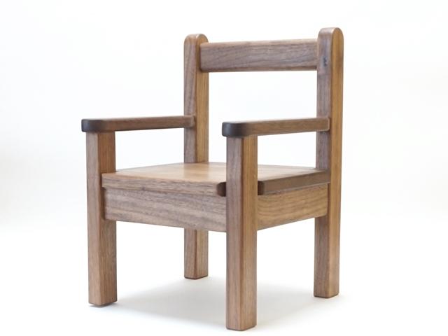 ひじ付椅子ウォールナット