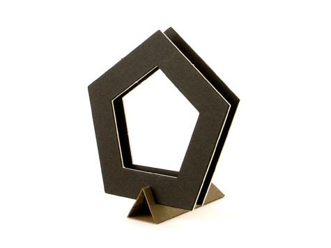 【738-F】数量限定/ローズウィンドウ枠/黒/五角形