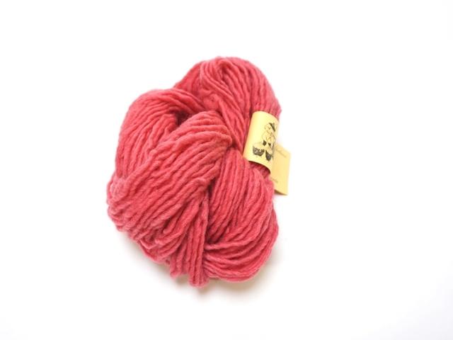 草木染め毛糸単撚りベリーレッド543