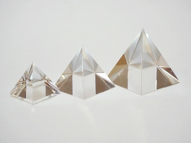 クリスタルピラミッド1