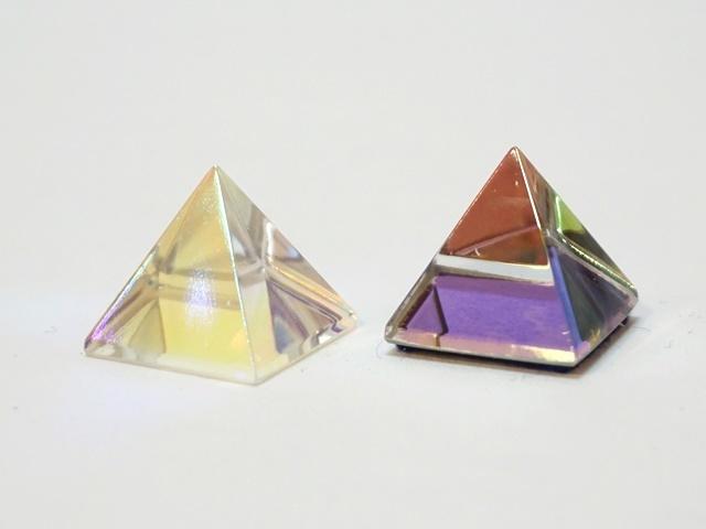 ガラスのピラミッド1