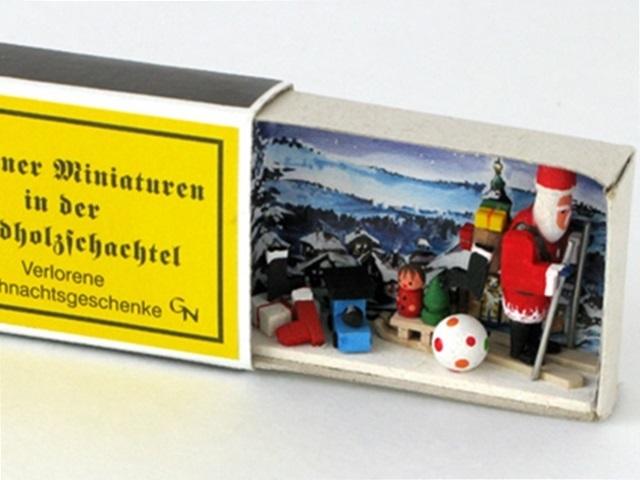 【842-E】Albin Preisslerアルビンプライスラー/クリスマスのにぎやかしたち・マッチケース入りのサンタ
