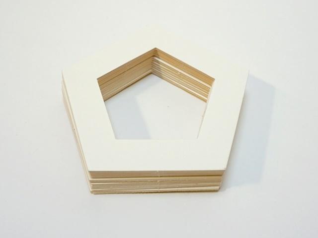 【765-G】ローズウィンドウ枠/内側一辺5cm/五角形