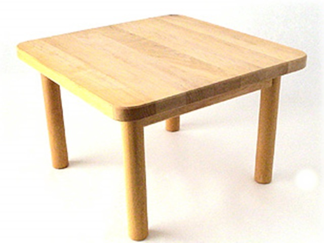 【013-C】【受注発注】SCHOLLNER ショルナー/人形用テーブル