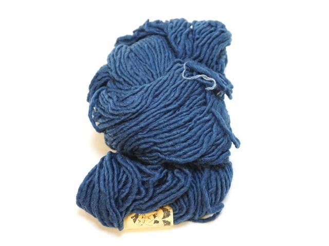 【129-B9】草木染毛糸単撚り(50g巻き)ブルー/製造中止/在庫限り/517番