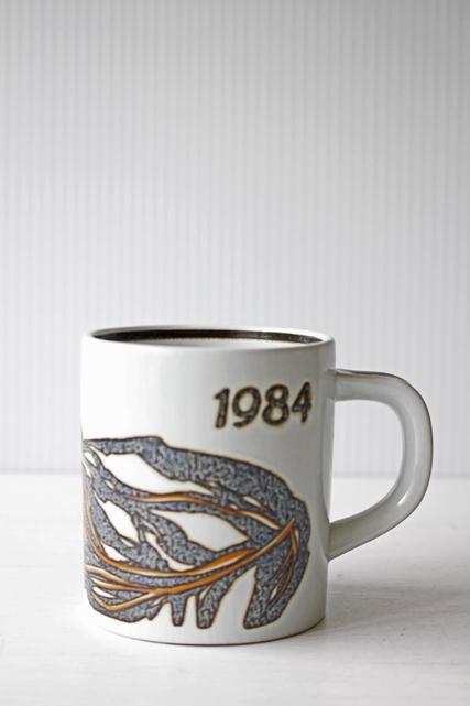 北欧ヴィンテージ/Royal Copenhagen/ヴィンテージイヤーマグ/1984年