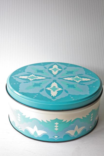 北欧ヴィンテージ/ヴィンテージ缶/幾何学模様/レトロブルー