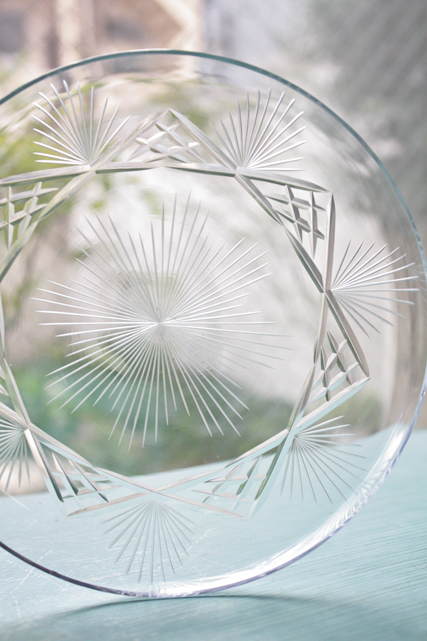 ドイツヴィンテージ/薄造りガラスプレート/カットガラス