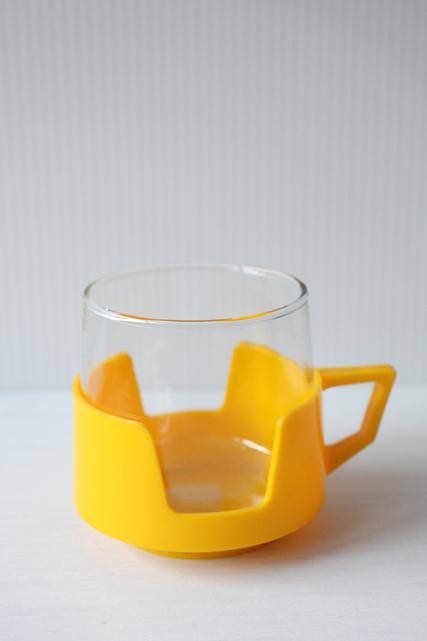 イギリス製/ヴィンテージガラスカップ/イエロー/その2