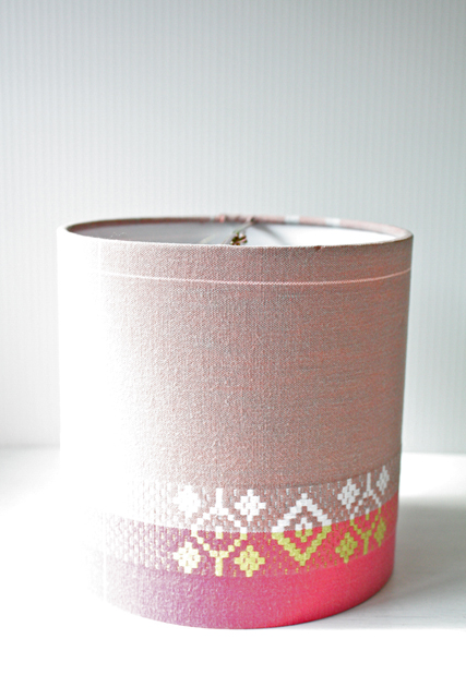 北欧照明/ランプシェード/ピンクの織り地/幾何学模様