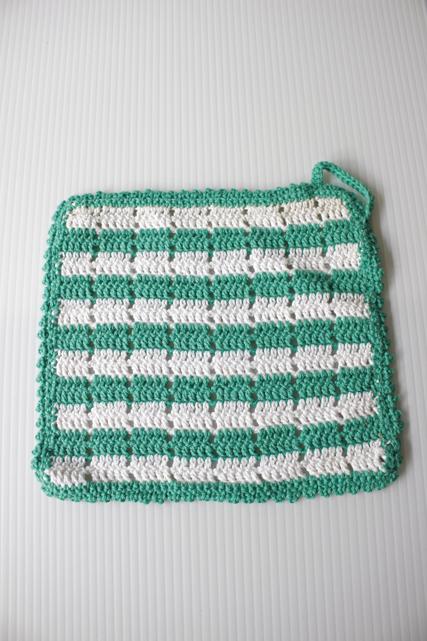 北欧ヴィンテージ/手編みのポットホルダー/グリーン×ホワイト