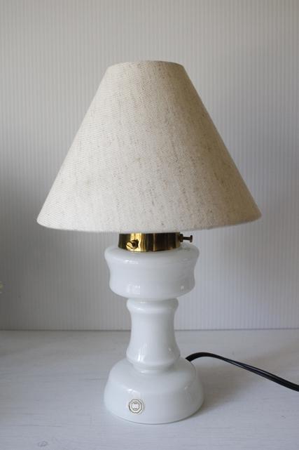 北欧照明/Dansk glas design/ヴィンテージテーブルランプ/ミルクカラー/SOLD OUT