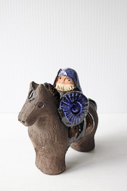 北欧ヴィンテージ/スウェーデン/馬に乗った騎士/SOLD OUT
