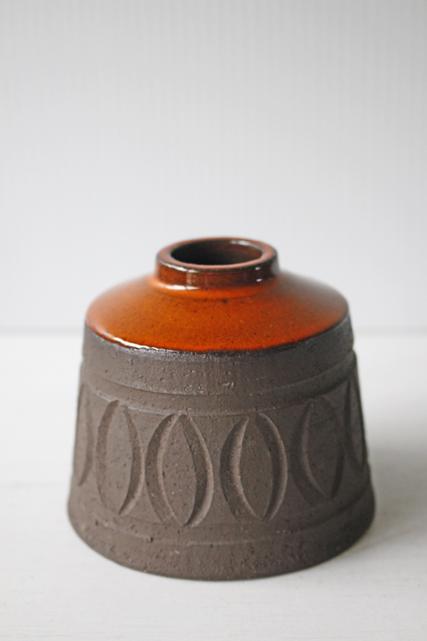 北欧ヴィンテージ/花瓶/朱色×ココアカラーの素焼き