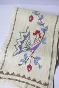 北欧ヴィンテージ/手刺繍テーブルセンター/イースター