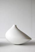 北欧ヴィンテージ/Tapio Wirkkala/POLLO/花瓶/ミルクホワイト