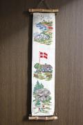 北欧ヴィンテージ/手刺繍壁掛け/デンマークのカントリーサイド