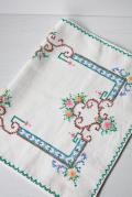 北欧刺繍/ヴィンテージクロス/フラワーモチーフ