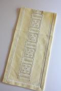 北欧刺繍/ヴィンテージテーブルセンター/レモンイエロー×ホワイトモチーフ
