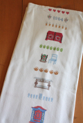 北欧刺繍/ヴィンテージテーブルセンター/インテリア刺繍