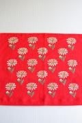 北欧刺繍/ヴィンテージテーブルクッションカバー/マーガレット