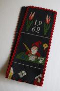 【クリスマス】北欧ヴィンテージ/手刺繍壁掛け/クリスマスの様子/1962年