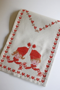 【クリスマス】北欧ヴィンテージ/手刺繍テーブルセンター/ニッセの子供たち
