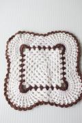北欧ヴィンテージ/手編みのドイリー/ホワイト×ブラウン