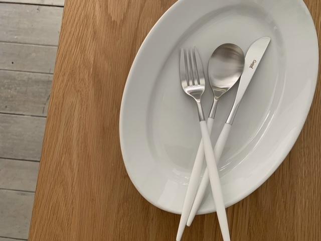cutipol クチポール MIOミオ ホワイト×シルバー ディナーナイフ