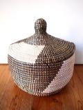 セネガルの村人がつくった「タジン型蓋付きかご」Lサイズ 3バリエーション