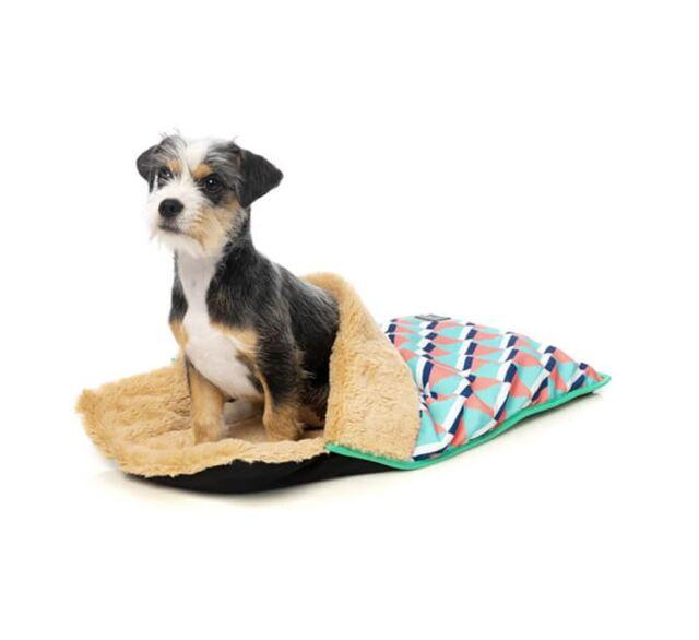 Fuzzyard 犬猫用 スリープコクーン グアバ
