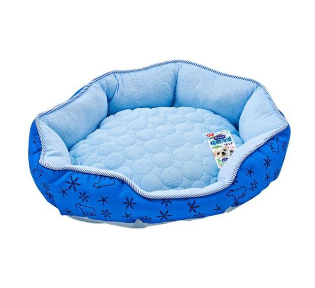 クマさんの接触冷感ベッド ブルー