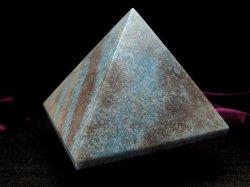 ラズライトピラミッド