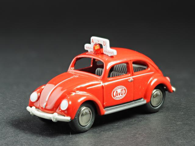 PremiumClassiXXs1/87 VWビートル60ドイツ消防_前