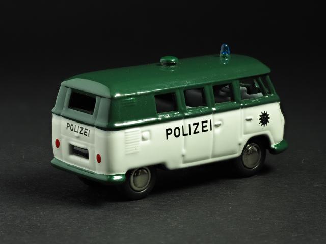 PremiumClassiXXs1/87 VWT1バスドイツ警察_後