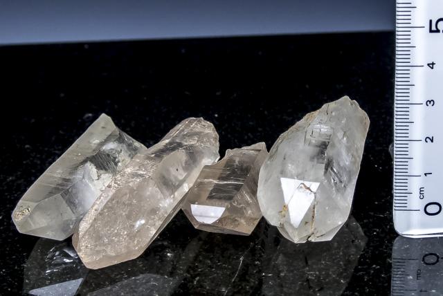 インド産ヒマラヤ水晶 ベラダール産ポイント4個セット 大特価!bd30