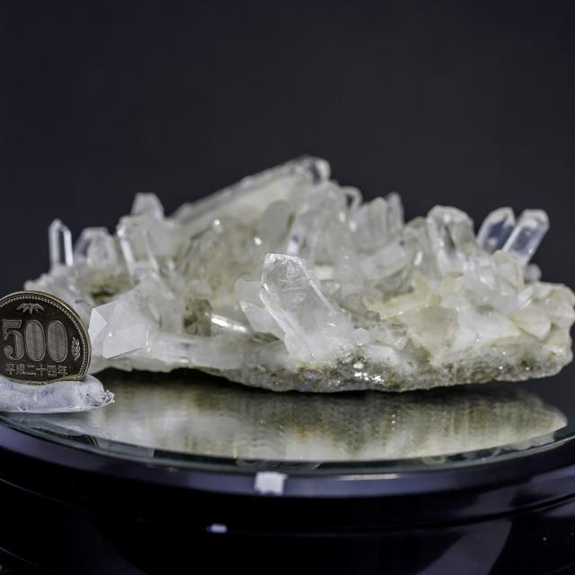 ヒマラヤ水晶 タプリジュン産水晶クラスター カンチェンジュンガ htjc-11