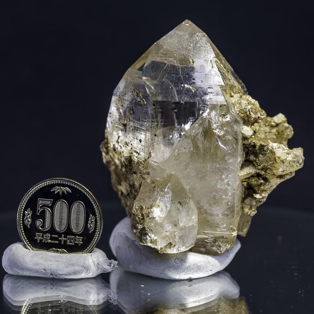 ヒマラヤ水晶 ティップリン産水晶ポイント ガネーシュヒマール  レインボー