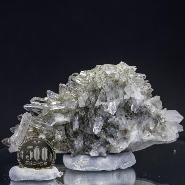 ヒマラヤ水晶 タプリジュン産水晶クラスター カンチェンジュンガ