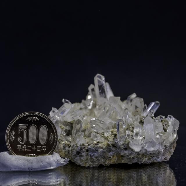 ヒマラヤ水晶 タプリジュン産水晶クラスター カンチェンジュンガ htjc-5