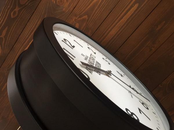 ROBESTON(ロベストン)ウォールクロック(両面時計)