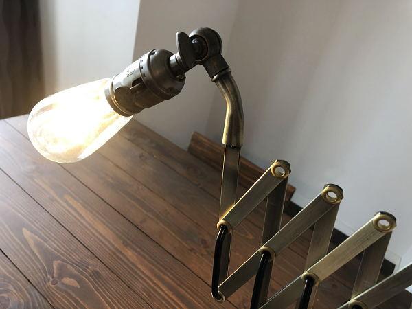 SCISSOR25(シザー25)LED-ST球付きブラケットライト(伸縮ランプ)